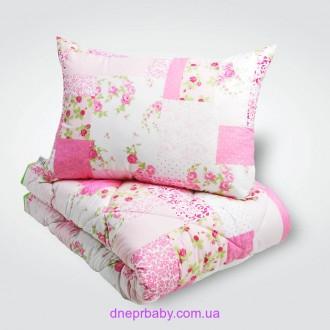 Набор: одеяло и подушка